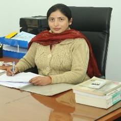 Dr. Monika Sachdeva, In-charge, Mohali Campus